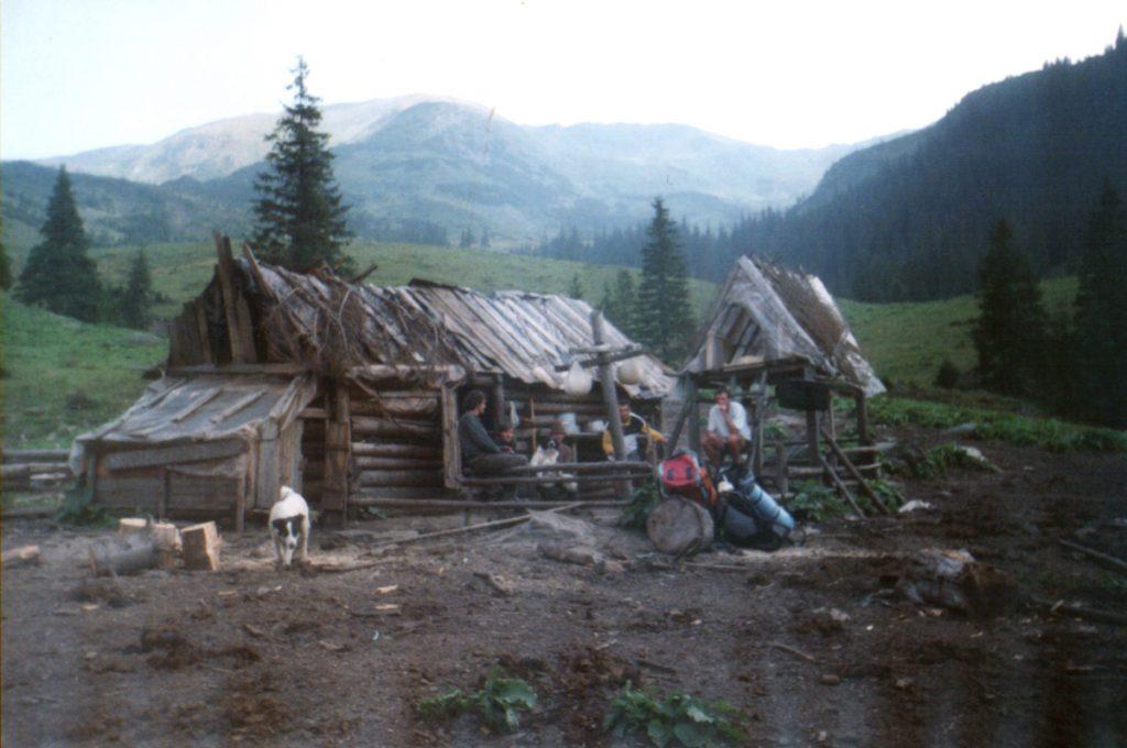 Stână Munții Rodnei, poza din anul 2000