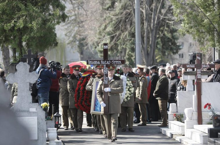 Iolanda Balaș-Soter, înmormânatare / foto: Gabriel Pătruț, Libertatea, sportnews.ro