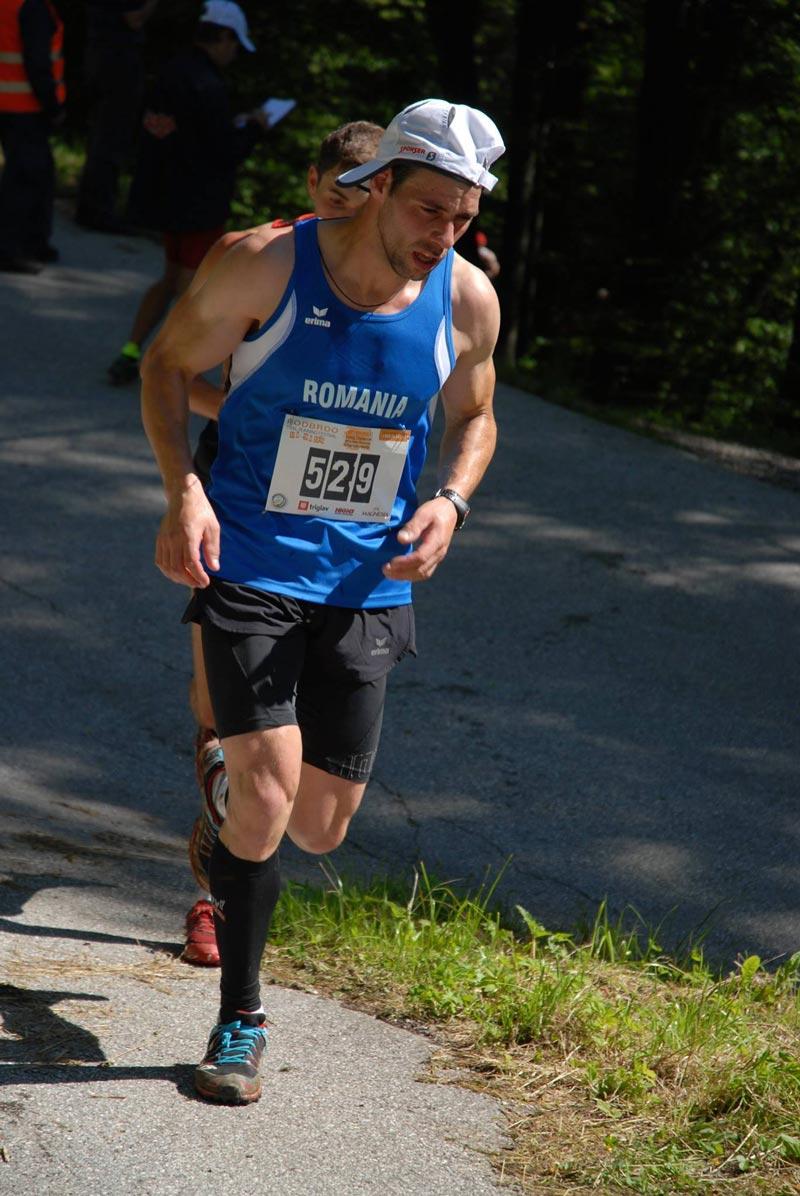 palici-campionatul-mondial-alergare-montana