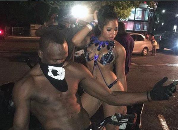 Bolt și prietena lui la carnaval