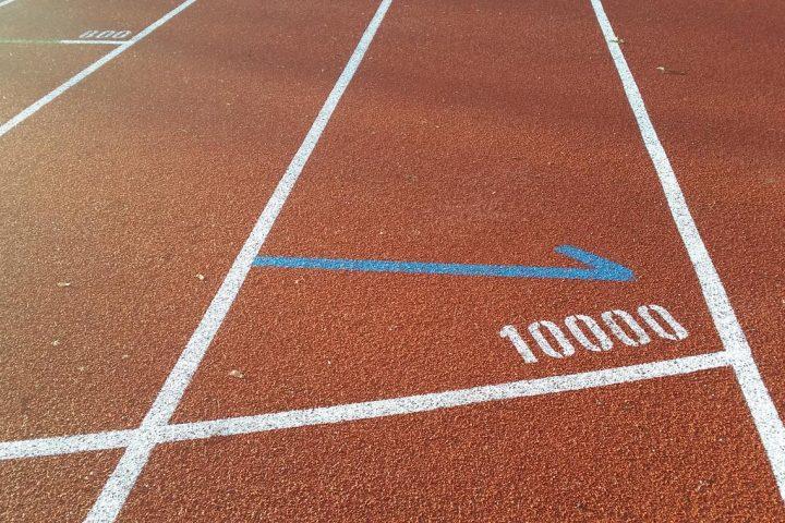 Pista, startul la 10.000 de metri / foto: 4run.ro