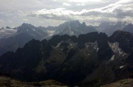 Vedere de pe Mont Buet spre Alpi