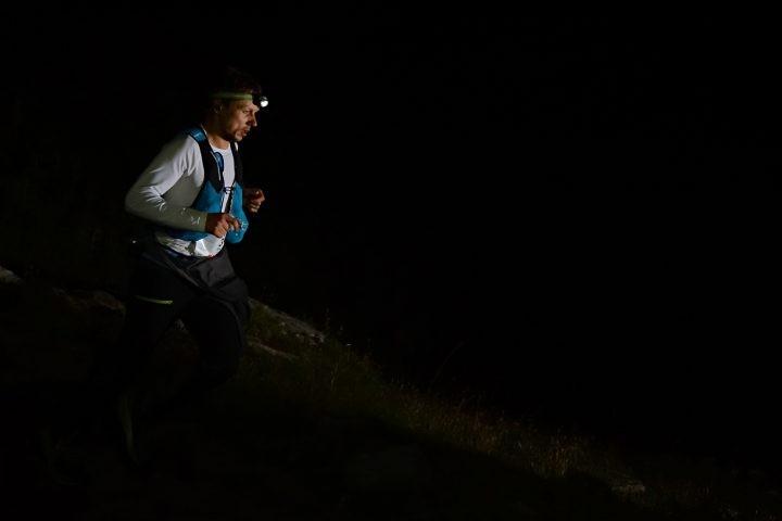 Robert Hajnal, alergand noaptea la UTMB